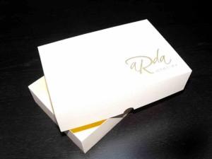 Cutii carton personalizate pentru cadouri