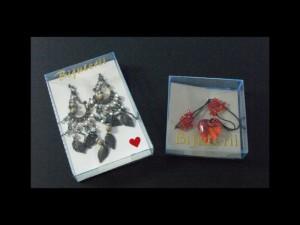 Cutiute plastic pentru bijuterii