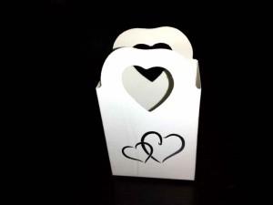 Cutiute din carton pentru cadouri cutiute carton bijuterii Cutiute carton bijuterii cutiute carton cadouri bijuterii marturii nunta 1130 7 300x225