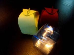 Cutii carton colorat pentru marturii nunta