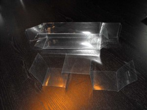 Cutii plastic pentru cadouri