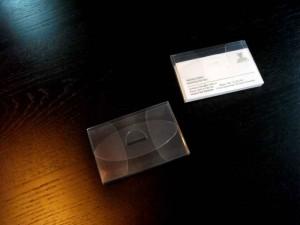 Suport din plastic pentru carti de vizita