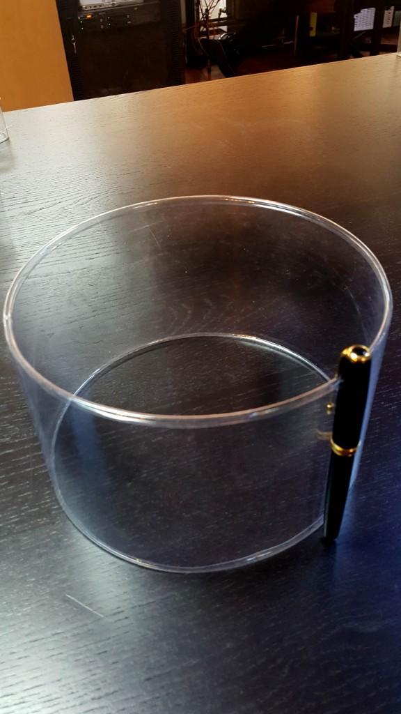 Cilindri transparenti cu margini indoite - 3