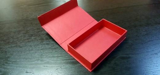 cutie rigida cu magnet pentru praline