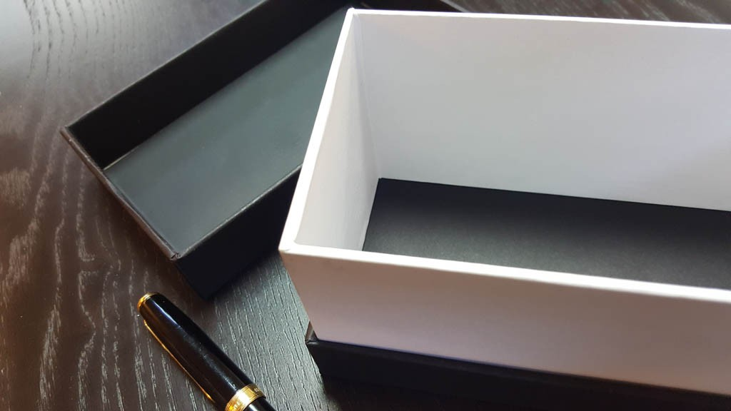 producator cutii rigide