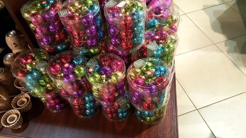 Cutii cilindrice pentru globuri