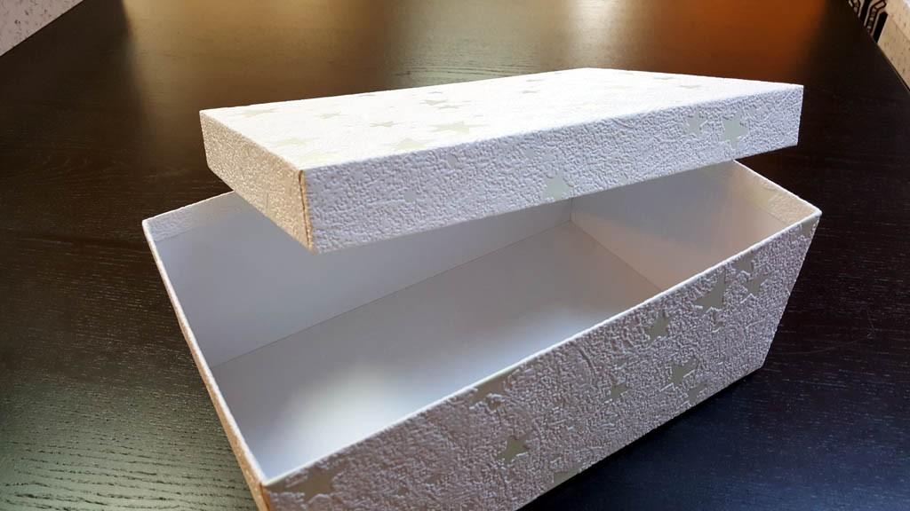 Cutii cu stelute pentru cadouri de Craciun - 3