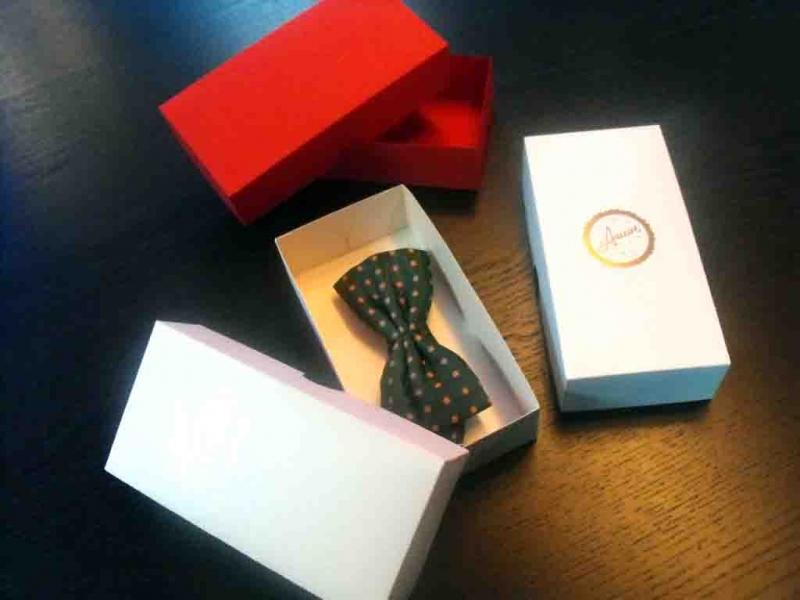 Cutii din carton pentru papioane