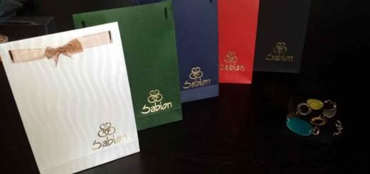sacose hartie bijuterii sacose hartie bijuterii Sacose hartie bijuterii cutii carton colorat ambalaj bijuterii 1356 2 520x245
