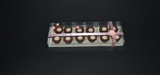 cutii prajituri nunta personalizate