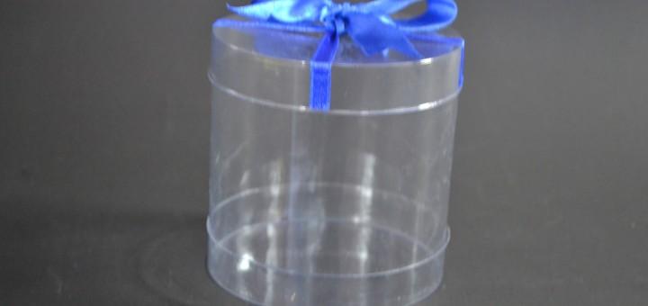cilindru plastic transparent