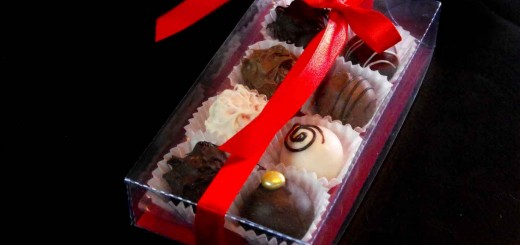 cutie bomboane cutii din plastic Cutii din plastic 2 chese bomboane cutie 8 bomboane 2 520x245