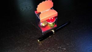 Cutii elegante pentru bomboane de ciocolata