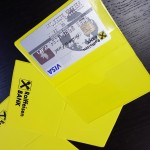 buzunare din plastic transparent Buzunare din plastic transparent sau colorat Buzunare protectie carduri 6 150x150