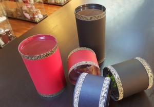 cutii rotunde de lux Cutii rotunde de lux pentru cadouri cilindri carton 1 300x209