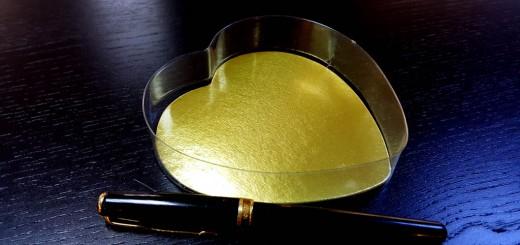caserola Caserola in forma de inima pentru bomboane Caserola in forma de inima pentru bomboane 1 520x245
