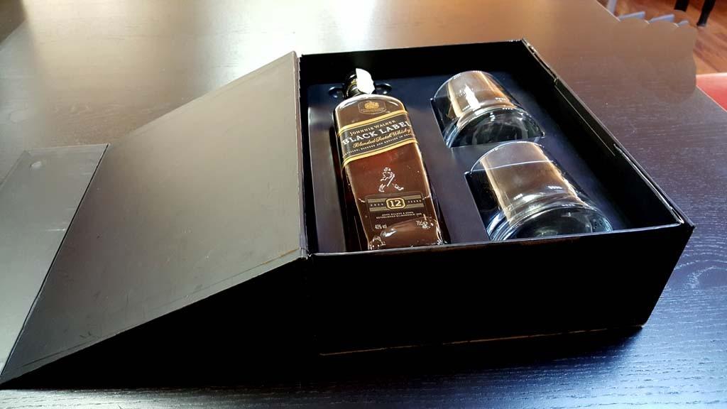 Cutie rigida pentru set sticla wisky