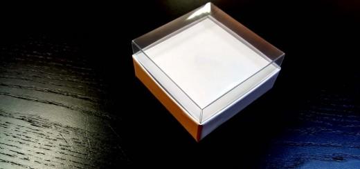 Cutie de lux cu capac transparent