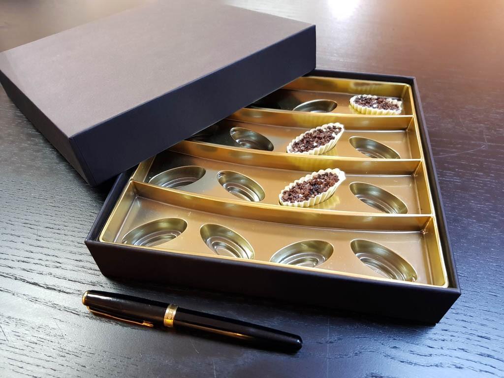 Cutie rigda cu capac pentru praline - 3