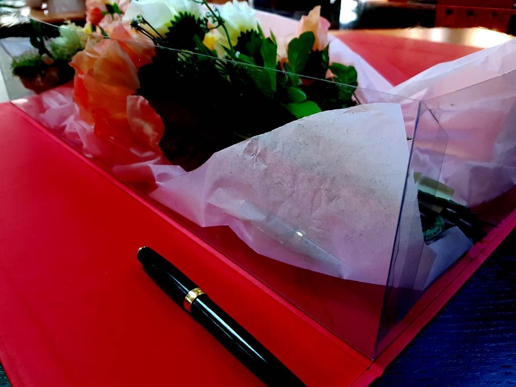 Cutie rigida de lux pentru flori - 7