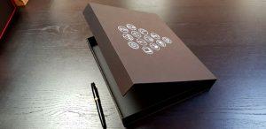Cutie de lux cu inchidere magnetica Cutie de lux cu inchidere magnetica Cutie de lux cu inchidere magnetica 11