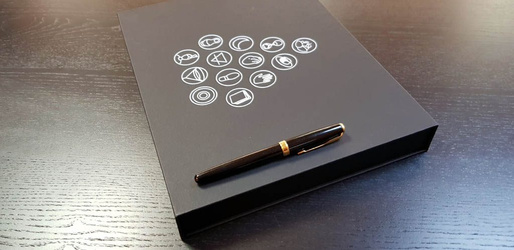 Cutie de lux cu inchidere magnetica - 33