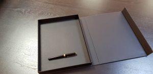 Cutie de lux cu inchidere magnetica Cutie de lux cu inchidere magnetica Cutie de lux cu inchidere magnetica 6