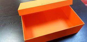 Cutii rigide pentru genti de piele si alte accesorii de lux Cutii rigide pentru genti de piele si alte accesorii de lux Cutii rigide pentru genti 19 300x146
