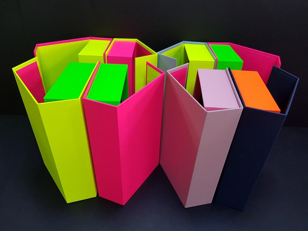 Cutii colorate cu magnet (model 6081) (6)