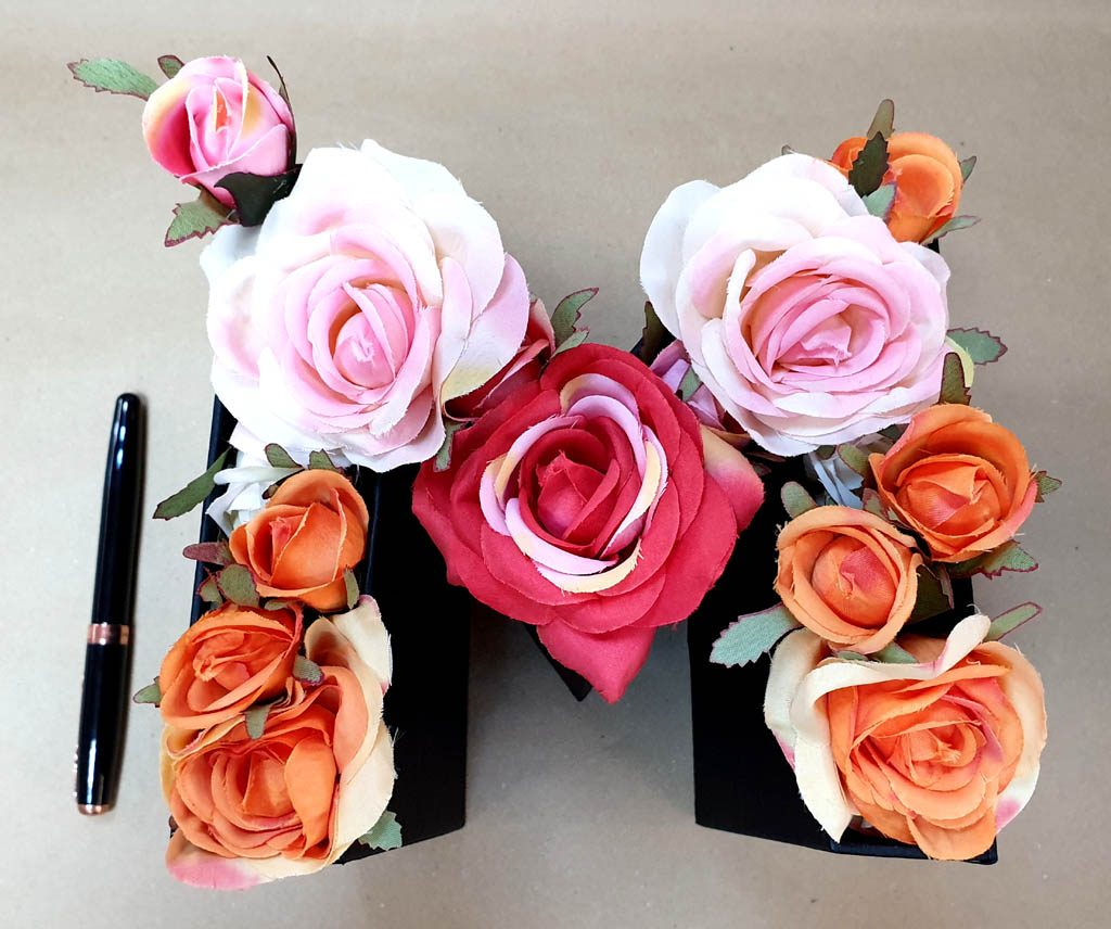 M - litera flori si bomboane (8)